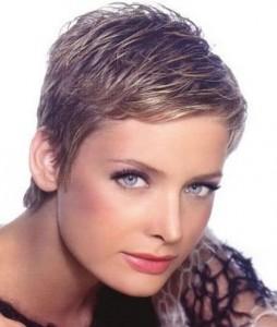 coiffure femme cheveux court dégradé
