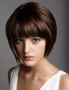 coiffure femme cheveux longs courts et fins