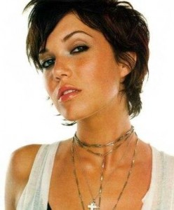 coiffure femme 30 ans visage rond