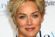 coiffure sharon stone cheveux courts