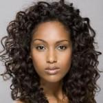 coupe cheveux femme cheveux longs frisés