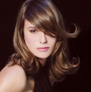 coupe de cheveux tendance cheveux mi-longs