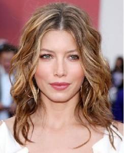 coiffure à la mode pour visage carré