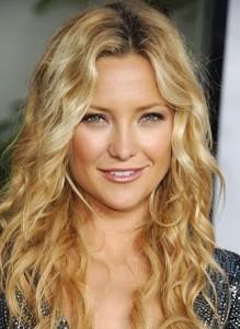 coiffure femme blonde cheveux long visage ovale