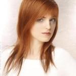 coiffure femme rousse visage carré