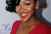 coiffure originale femme black visage ovale