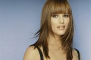 coiffure pour visage carré avec frange