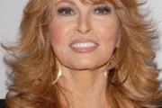 coupe de cheveux visage carré femme 50 ans