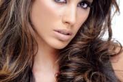 jolie couleur brune femme