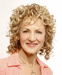 coiffure femme 60 ans visage long