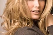 coiffure glamour pour femme 20 ans