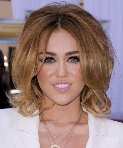 coiffure volume femme 20 ans
