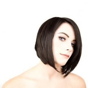 coiffure carré plongeant cheveux noirs