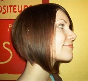 coiffure carré plongeant femme brune