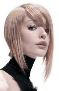 coiffure carré plongeant mèche