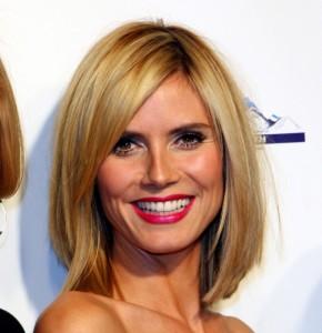 coiffure carré dégradé asymétrique femme