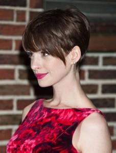 coiffure femme dégradé avec frange